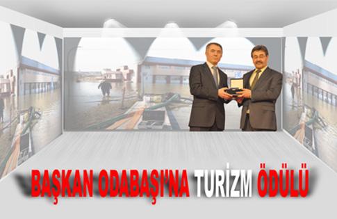 """Başkan Odabaşı'na """"Turizm"""" ödülü"""