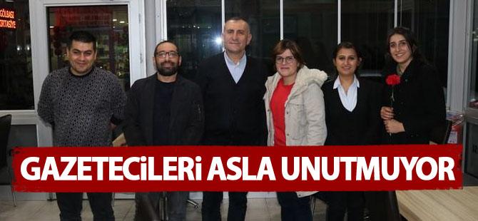 Gürsel Demirci gazetecileri yine unutmadı