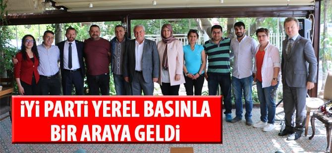 İYİ Parti Gölbaşı İlçe Başkanlığı yerel basınla kahvaltıda buluştu