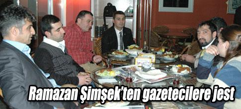 Başkan Şimşekten gazetecilere jest