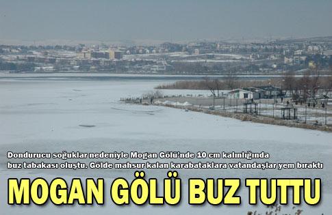 Mogan Gölü buz tuttu