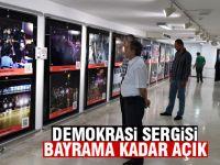 Demokrasi sergisi bayrama kadar açık