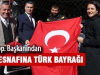 Sanayi esnafına Türk Bayrağı